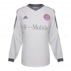 Bayern Munich 2002/04 l/s away shirt