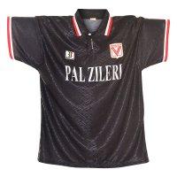 Vicenza 1995/96 away shirt